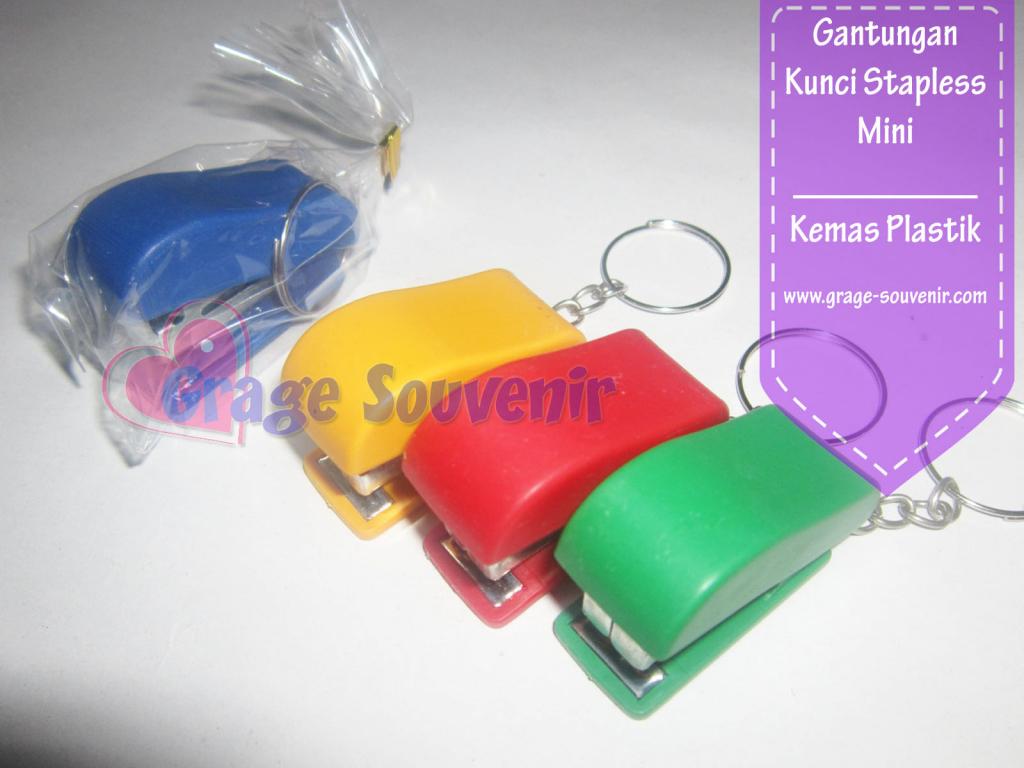 souvenir gantungan kunci stapless unik murah